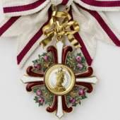 Abbildung: Ordenszeichen 1. Klasse des Elisabeth-Ordens am Band, Foto: UMJ/Lackner