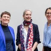 Das Team der Schenkung Sammlung Hoffmann: Franziska Klinkmüller, Dr. Dorothée Brill, Katarina Lozo (v.l.n.r.) © SKD, Foto: Klemens Renner