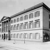 Das Erbprinzenpalais (c) museum-wiesbaden.de