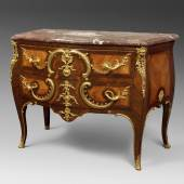 Curved commode Inlaid with tulipwood, satinwood and amaranth wood. Stamped Jacques-Philippe Carel (1688-1755), master in 1733. Guild mark JME. Louis XV period. H 88 x W 128 x D 59 cm  Galerie Delvaille