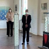 DGML Geschäftsführer Museum Carlo Aretz, Museumsleiterin Luzia Schlösser, Linnichs Bürgermeisterin Marion Schunck-Zenker, Künstler Renato Santarossa