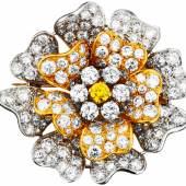 """Diamant-Brosche """"Blume"""" Silber auf Rotgold 585."""