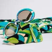 Dinner-Rock aus Velours von Emilio Pucci, Florenz 1974, Sonnenbrille von Pucci, Florenz 1960 © Sammlung Monika Gottlieb