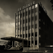 Dr. Oetker Verwaltungs- und Produktionsgebäude in Berlin, 1960-61, Foto Lieselotte und Armin Orgel-Köhne Hamburgisches Architekturarchiv
