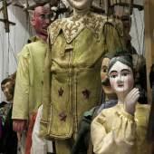 Ein Blick ins Marionetten-Depot der Puppentheatersammlung. Figuren verschiedener sächsischer Bühnen aus dem 19. Jahrhundert © Puppentheatersammlung, SKD, Foto Frank Höhler