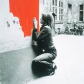 Above: VALIE EXPORT  Verletzungen I, 1972  © VALIE EXPORT, Bildrecht Wien, 2017