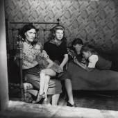 Familie, Stepney, London, um 1932 Edith Tudor-Hart Neuer Silbergelatine-Abzug, 30,2 × 30,1 cm © Scottish National Portrait Gallery / Archive presented by Wolfgang Suschitzky 2004