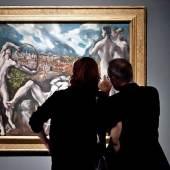 Besucher schauen sich El Grecos 'Laokoon' (um 1610-1614, National Gallery of Art, Washington DC, Samuel H. Kress Collection) an.