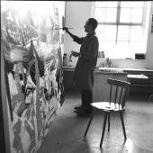 Erika Kiffl, Gerhard Richter in seinem Atelier, Brückenstraße, Düsseldorf, 1977, Silbergelatine auf Barytpapier, 29,1 x 29,1 cm, Museum Kunstpalast, AFORK, Düsseldorf, © Erika Kiffl, 2015, © Gerhard Richter, 2015
