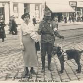 """Rote Kreuz Woche"" vom 31. April – 6. Mai 1916 Postkartenverlag ""Bediene Dich selbst"" © Wien Museum"