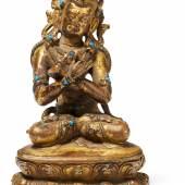 Figur des Vajradhara Tibet | Ca. 15./16. Jh. Kupferbronze mit Resten von Feuervergoldung und Steinbesatz | Höhe 8,3cm Taxe: 3.000 – 5.000 Euro