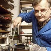 Frank Rauhut bei der Arbeit... (c) besteck-rauhut.de