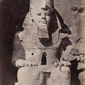 Colossal Figure at Abou Simbel 1857 aus: Francis Frith, Upper Egypt and Ethiopia, London 1862 © Courtesy Sammlung OstLicht, Wien