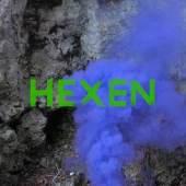 """Visual HEXEN, Filmstill: Angela Anderson und Ana Hoffner ex-Prvulovic*, """"Hexenküche (The witch rarely appears in the history of the proletariat)"""", In Auftrag gegeben von TAXISPALAIS Kunsthalle Tirol für HEXEN, 2021"""