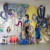 Galerie Françoise Heitsch, Ausstellung UMAY, 2018, 3 Hamburger Frauen , Umay,  Acryl auf Holz, und auf Papier, Höhe/ 3m, Breite/ 5 m .Copyright/ 3 Hamburger Frauen, Galerie Françoise Heitsch and the artist