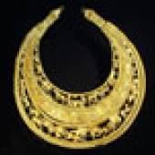 Goldener Halskragen mit szenischen Darstellungen aus dem Kurgan Tolstaja Mogila. © Nationalmuseum Kiew