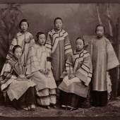 Group portrait with Courtesans, Anonymous, Shanghai, c. 1885 Collection Ferry Bertholet