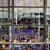 Andreas Gursky Bundestag  1998  Color Print mit Rahmen: 285 x 210 cm  © VG Bild-Kunst, Bonn 2016