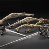 Eine Auswahl von Blankwaffen und antiken Schusswaffen aus der Sammlung Klingbeil.