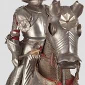 Miniaturharnisch, Ritter und Ross vollgerüstet im Stil des ausgehenden Mittelalters.  Startpreis: 18.000 Euro