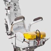 Verchromter Schleudersitz einer Vulcan von Martin Baker Aircraft Company, GB.  Startpreis: 8.000 Euro