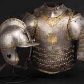 Polnisch Historisches Museum: Husarischer Kürass, Polen, 17. Jhdt. Zuschlag: 32000 Euro
