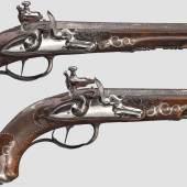 König Friedrich I. von Württemberg – feinst gearbeitetes Paar Steinschlosspistolen, Christian Körber in Ingelfingen nach 1806. Startpreis: 10.000 Euro