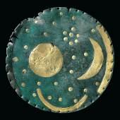 Himmelsscheibe von Nebra (autorisierte Kopie) Bronze, Gold Um 1600 v. Chr. © LDA Sachsen-Anhalt Foto Juraj Lipták