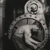 Lewis Hine (1874-1940): Steamfitter, 1920, The Museum of Modern Art, New York