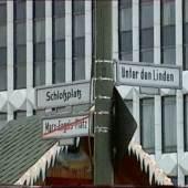Hito Steyerl Empty Centre, 1998 16 mm Film als digitales Video (Farbe, Ton) Filmlänge: 62 min Courtesy: die Künstlerin, Andrew Kreps Gallery, New York und Esther Schipper, Berlin © VG Bild-Kunst, Bonn, 2021