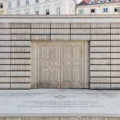 Rachel Whiteread, Holocaust-Mahnmal, 2000 © Belvedere, Wien, 2018 / Foto: Johannes Stoll Judenplatz, Wien