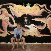 """Sophia Süßmilch """"Mädchen mit Taube (euer Aktionsmus hilft uns jetzt auch nicht weiter)"""", 380 cm x 220 cm, Öl und Acryl auf Leinwand, 2018 © Sophia Süßmilch"""