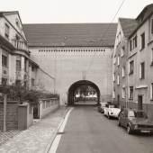 Boris Becker: Hochbunker, Saarbrücken, Schmollerstraße, 1985, © Boris Becker, VG Bild-Kunst, Bonn 2021