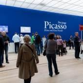 """Abbildung: Ausstellung """"Der junge PICASSO – Blaue und Rosa Periode"""" in der Fondation Beyeler, Riehen/Basel, 2019; Foto: Mathias Mangold"""