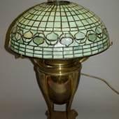 650  Elektrifizierte Petroleum-Lampe des Jugendstils von Tiffany, New York um 1900 1.900 €
