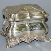 Zuckerdose, Silber, Berlin um 1840/ 50, Limit::450 €