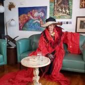 Live-Film  Der 12-minütige Kurzfilm über Dina Larot (c) dinalarot.at