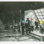 Studio, 1988 Lithografie und Siebdruck auf Papier | Lithograph and screenprint on paper 2019 erworben von | acquired by PIN. Freunde der Pinakothek der Moderne für die Sammlung Moderne Kunst | for the Modern Art Collection © courtesy of John Baldessari Estate