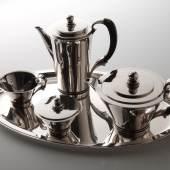 Silbernes Kaffee- und Teeservice, Georg Jensen, Kopenhagen1931/32. Foto: Antiquitäten Szy