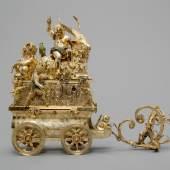 Automat: Triumph des Bacchus (817 KB) Augsburg, 1602–1606, Hans Schlottheim, Sylvester II. Eberlin Silber, vergoldet, kalt emailliert, Werk: Messing und Eisen, H. 43 cm, L. 53 cm, B. ca. 17 cm ©Kunsthistorisches Museum Wien