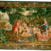 """Merkur übergibt den Bacchusknaben zur Erziehung an die Nymphen (1.7 MB) Tapisserie, Brüssel, um 1695, Entwurf: Lodewijk van Schoor, Karton: Lodewijk van Schoor und Lucas Achtschellinck (zugeschrieben), Wirker: Jacob van der Borcht; bezeichnet mit der Brüsseler Stadtmarke und """"I.V.D.B."""" Kette: Wolle; Schuss: Wolle, Seide, Goldund Silberfäden, H. 346 cm, B. 464 cm ©Kunsthistorisches Museum Wien"""
