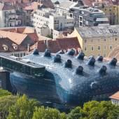 Kunsthaus Graz, 2003,  Blick vom Schloßberg, Architekten: Peter Cook und Colin Fournier, Foto: Universalmuseum Joanneum / Christian Plach