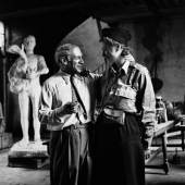 Pablo Picasso and Lee Miller in his studio, Liberation of Paris, Rue des Grands-Augustins, Paris, France 1944 by Lee Miller © Lee Miller Archives England 2021. All Rights Reserved. www.leemiller.co.uk