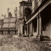 Jean Eugène Auguste Atget, Cour Ovale, Fontainebleau Gebot Lot 3 N Schätzpreis: €4.000 - €5.000