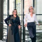 Lilli Hollein, Generaldirektorin und wissenschaftliche Geschäftsführerin, und Teresa Mitterlehner-Marchesani, Wirtschaftliche Geschäftsführerin, MAK, 2021  © Katharina Gossow/MAK