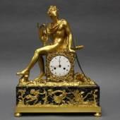 "Figurenpendule, ""Apollo"", Frankreich, um 1800, Mindestpreis:1.500 EUR"