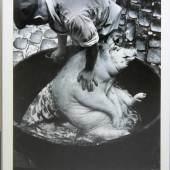 "Robert Häusser, "" Hausschlachtung Pfalz 1963 "", 7- tlg. komplette Fotoserie, alle signiert und gerahmt Robert Häusser, 1924 Stuttgart – 2013 Mannheim,, Schätzpreis:9.000 - 10.000 EUR"