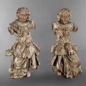 Paar lebensgroße Barockfiguren aus der Schnitzerfamilie Schwanthaler aus Ried im Innkreis, um 1730, Lindenholz geschnitzt und farbig gefasst, Arme und Teile der Füße fehlen, Altersspuren, H je 140 cm. Aufrufpreis:6.000 EUR