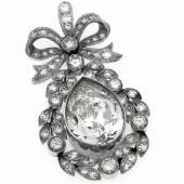 Diamant-Anhänger WG 750/000 und Platin mit einem Diamanttropfen 6,856 ct l.get.Weiß(I)/SI2 und 58 Diamanten, zus. 1,80 ct feinesWeiß-Weiß (G-H)/VVS-VS, L. 37 mm, 9,95 g Mindestpreis:28.000 EUR