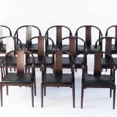 Hans J. Wegner, Zwölf Armlehnstühle 'China Chair', 1944 Zwölf Armlehnstühle 'China Chair', 1944 H. 81,5 x 57 x 58 cm. Aufrufpreis:15.000 EUR Schätzpreis:15.000 - 20.000 EUR